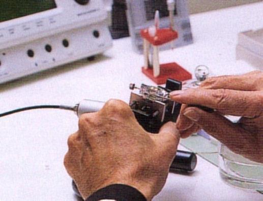 時計修理・組み上げ1